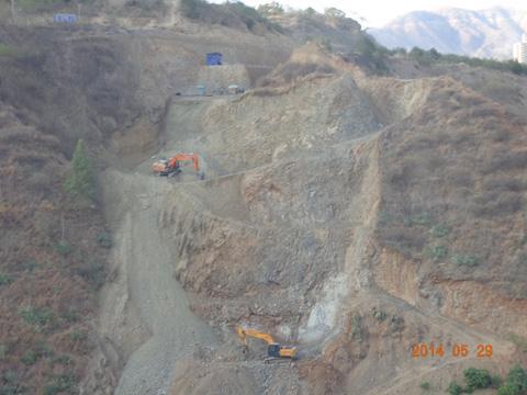 跨线桥施工(3).JPG
