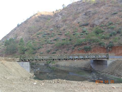 施工贝雷桥(1).JPG