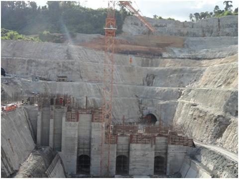 柬埔寨主坝施工
